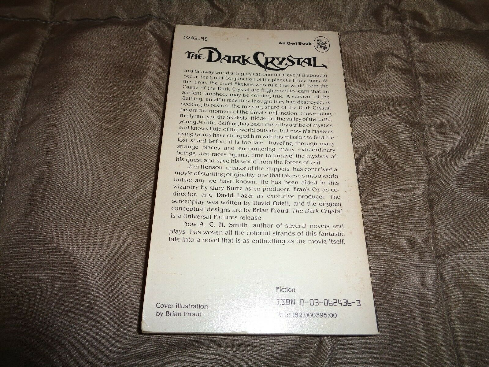 THE DARK CRYSTAL PAPERBACK BY A.C.H. SMITH,FIRST EDITION |