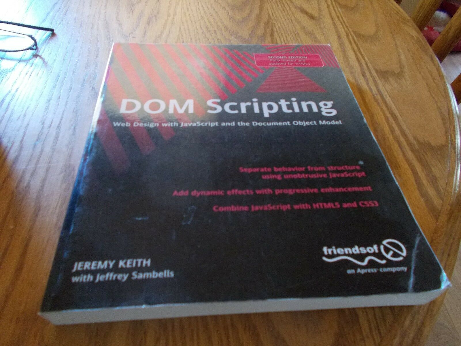 DOM SCRIPTING-WEB DESIGN WITH JAVASCRIPT AND THE DOCUMENT OBJECT MODEL |