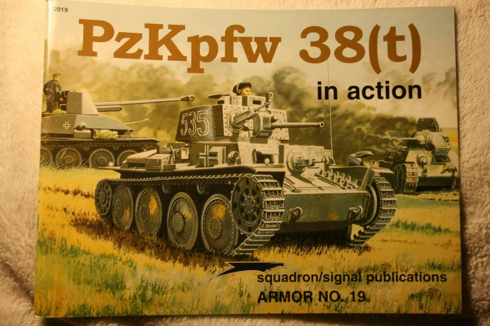 PzKpfw 38(t) in Action Squadron Signal Armor book # 2019 Very Good Condition |