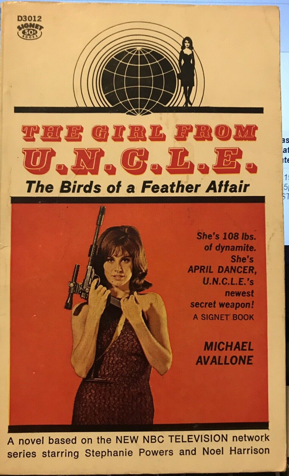 THE GIRL FROM U.N.C.L.E. by Michael Avallone ~ Signet Books #D3012 ~ SCARCE! |